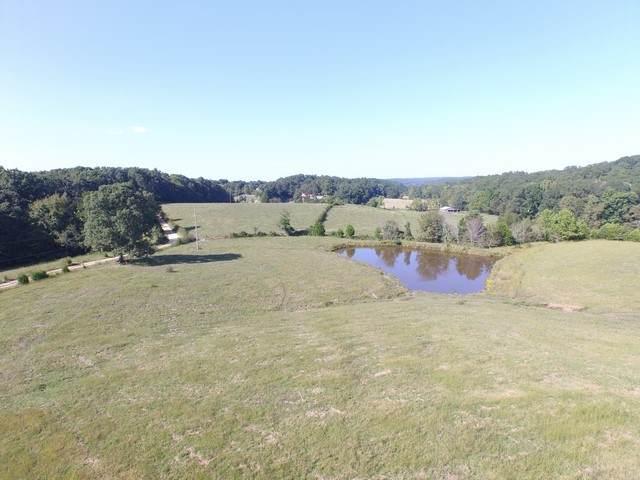 200 Bateman Branch Rd, Mc Ewen, TN 37101 (MLS #RTC2191259) :: PARKS