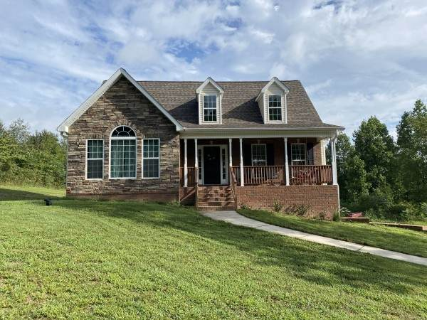 107 Brook Hollow Ct, Bon Aqua, TN 37025 (MLS #RTC2191867) :: Village Real Estate