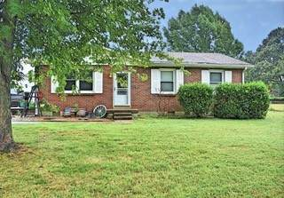 1513 Falcon Dr, Clarksville, TN 37042 (MLS #RTC2192555) :: The Helton Real Estate Group