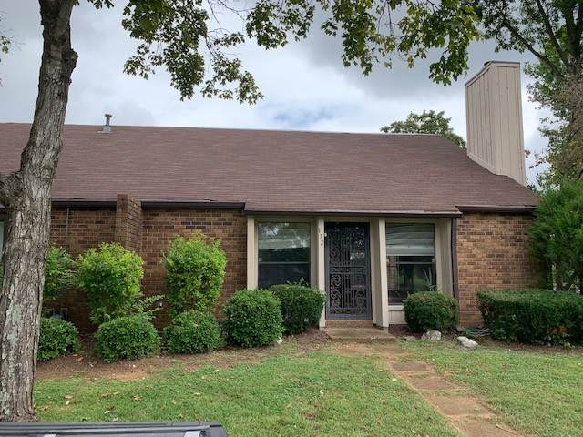 132 Saddle Tree Ct #132, Hermitage, TN 37076 (MLS #RTC2194301) :: The Kelton Group