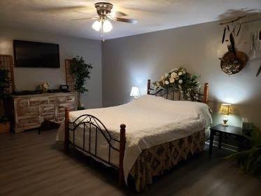 2919 White Oak Dr, Nunnelly, TN 37137 (MLS #RTC2196897) :: Village Real Estate