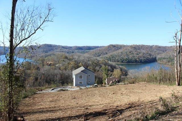 323 Seaton Dr, Smithville, TN 37166 (MLS #RTC2198471) :: The Miles Team | Compass Tennesee, LLC