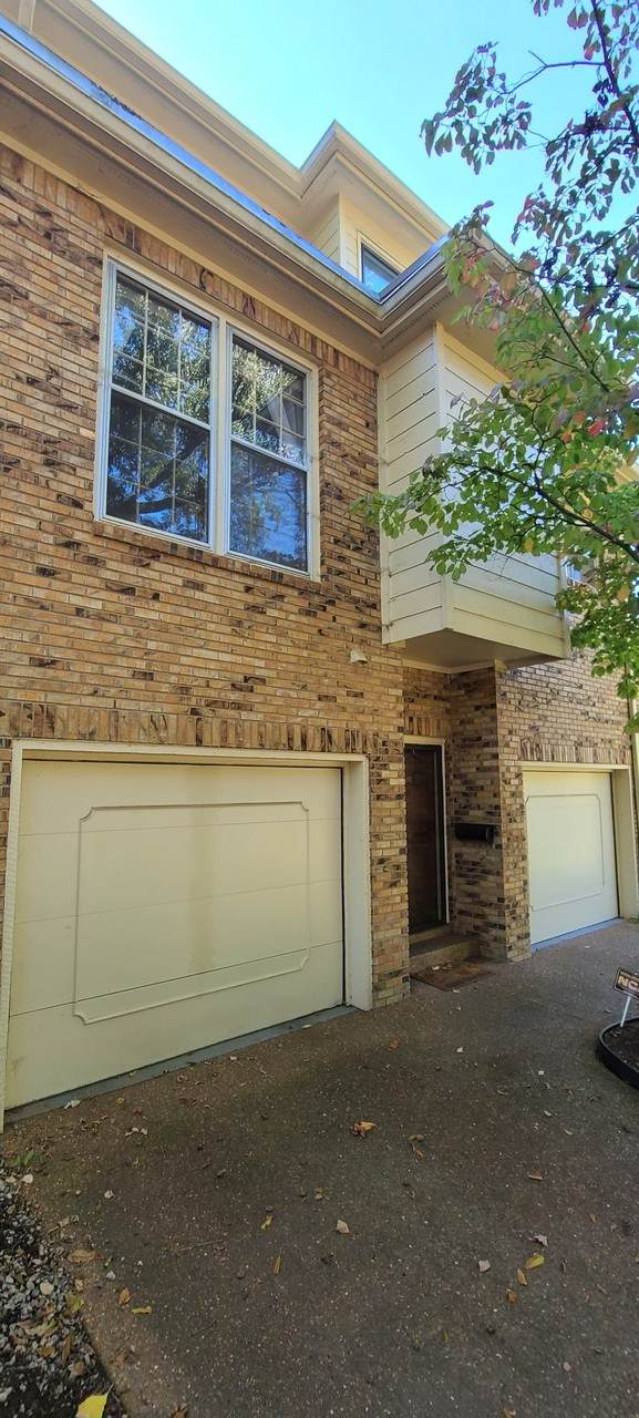 401 Bowling Ave #98, Nashville, TN 37205 (MLS #RTC2201458) :: The Helton Real Estate Group