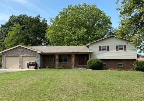 4328 Hawkins Dr, Westmoreland, TN 37186 (MLS #RTC2202885) :: Adcock & Co. Real Estate