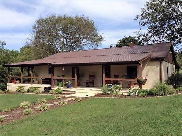 3902 Dale Ln, Mount Pleasant, TN 38474 (MLS #RTC2206067) :: Village Real Estate