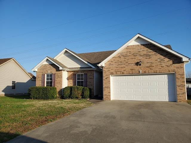 989 Chardea Ct, Clarksville, TN 37040 (MLS #RTC2209483) :: Exit Realty Music City