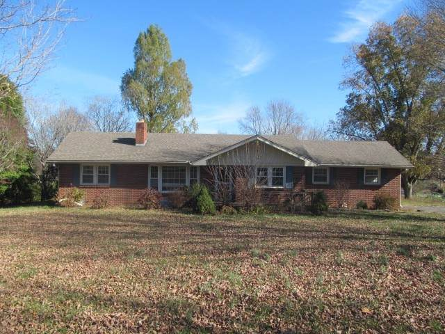 1067 Lawrence Ln, Springfield, TN 37172 (MLS #RTC2210641) :: The Helton Real Estate Group