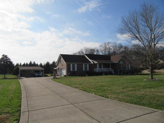 2030 Woodwind Cir, Greenbrier, TN 37073 (MLS #RTC2213818) :: RE/MAX Homes And Estates
