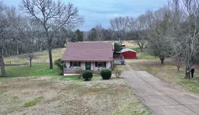 2393 Franklin Pike, Lewisburg, TN 37091 (MLS #RTC2219359) :: Village Real Estate
