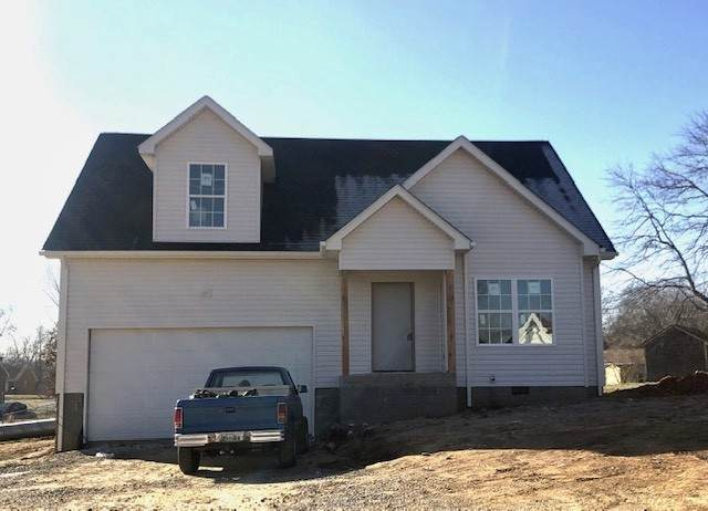 102 Canyon, Clarksville, TN 37042 (MLS #RTC2219366) :: The Adams Group
