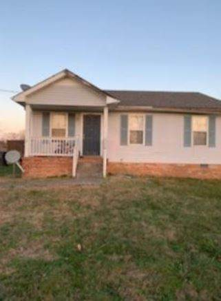 1796 Carneal, Oak Grove, KY 42262 (MLS #RTC2219471) :: Nashville on the Move