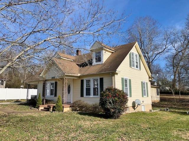 206 Lind St, Mc Minnville, TN 37110 (MLS #RTC2220348) :: Exit Realty Music City