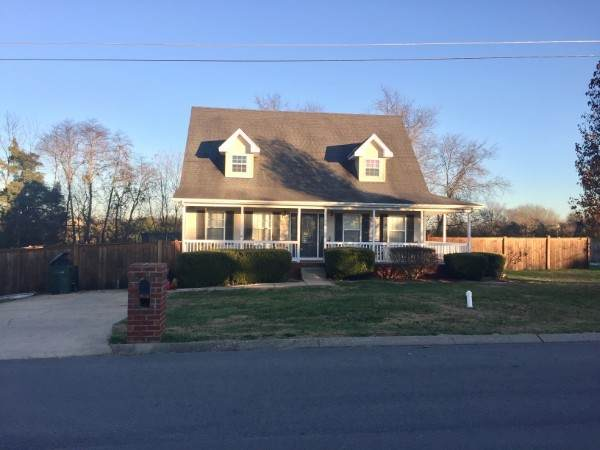 1003 Saul Dr S, Portland, TN 37148 (MLS #RTC2225192) :: Your Perfect Property Team powered by Clarksville.com Realty