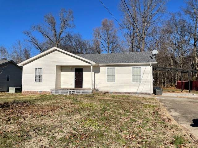 807 Carbondale Dr, Oak Grove, KY 42262 (MLS #RTC2227148) :: Trevor W. Mitchell Real Estate