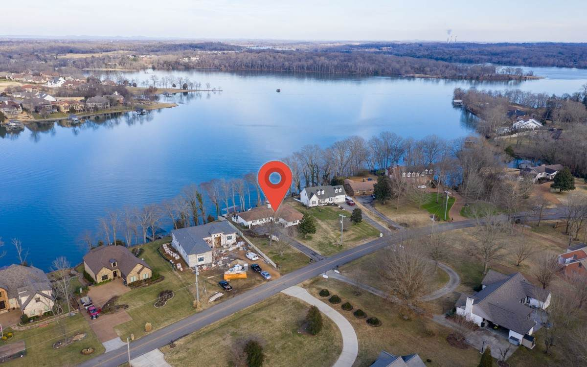 1467 Dickerson Bay Dr - Photo 1