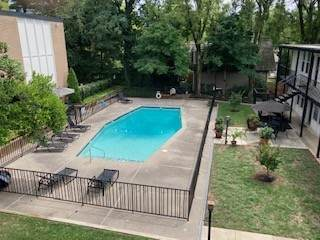 3831 West End Ave #16, Nashville, TN 37205 (MLS #RTC2230348) :: Keller Williams Realty