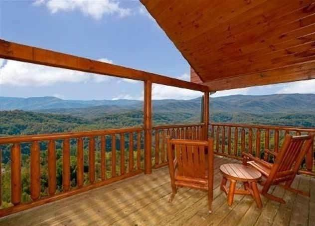 1926 Starr View Drive, Sevierville, TN 37876 (MLS #RTC2230357) :: The DANIEL Team | Reliant Realty ERA
