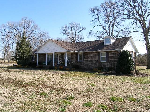 1931 Word Rd, Lewisburg, TN 37091 (MLS #RTC2230512) :: Cory Real Estate Services