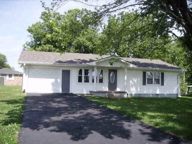 140 Ferguson Hill Rd, Lafayette, TN 37083 (MLS #RTC2233924) :: DeSelms Real Estate