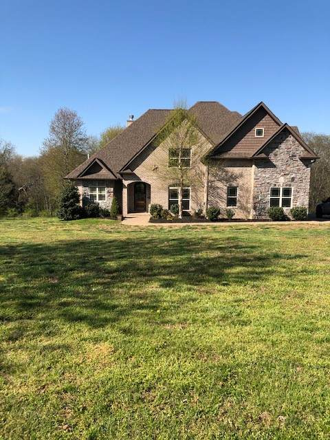 1076A Chenault Ln, Castalian Springs, TN 37031 (MLS #RTC2241793) :: Team George Weeks Real Estate