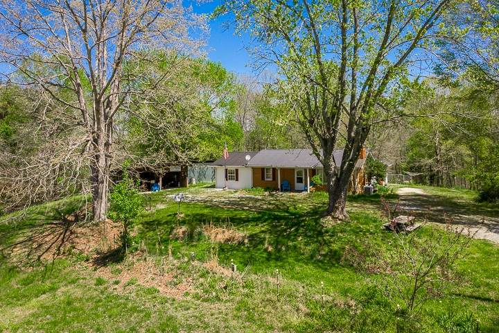 2330 Hilham Hwy - Photo 1