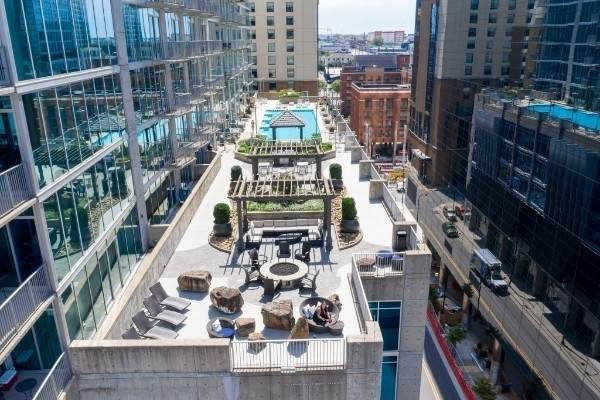 301 Demonbreun St   #1213, Nashville, TN 37201 (MLS #RTC2251865) :: Team George Weeks Real Estate
