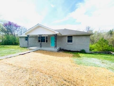 1322 Cumberland Heights Rd, Clarksville, TN 37040 (MLS #RTC2252403) :: Hannah Price Team