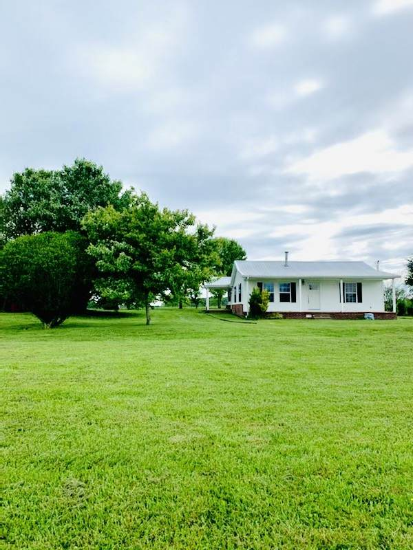 171 Denson Rd, Lawrenceburg, TN 38464 (MLS #RTC2254033) :: The DANIEL Team | Reliant Realty ERA