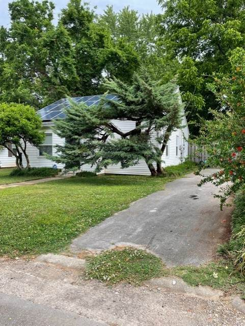 432 1st St, Lawrenceburg, TN 38464 (MLS #RTC2258547) :: Ashley Claire Real Estate - Benchmark Realty
