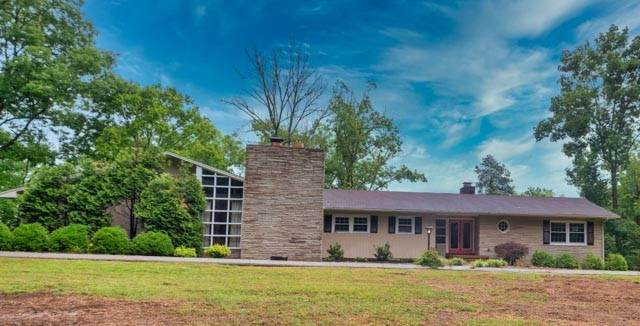 615 Narrows Rd, Shelbyville, TN 37160 (MLS #RTC2259132) :: The Godfrey Group, LLC
