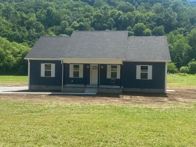 668 Pleasant Shade Hwy, Pleasant Shade, TN 37145 (MLS #RTC2260311) :: Trevor W. Mitchell Real Estate