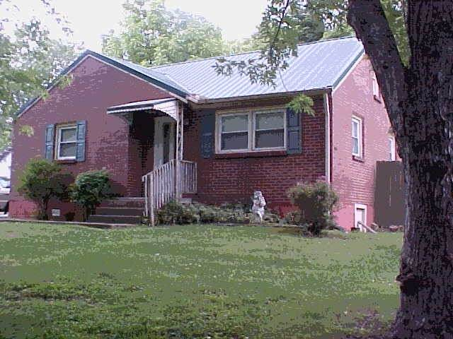 579 Draughon Dr, Greenbrier, TN 37073 (MLS #RTC2260433) :: Kimberly Harris Homes