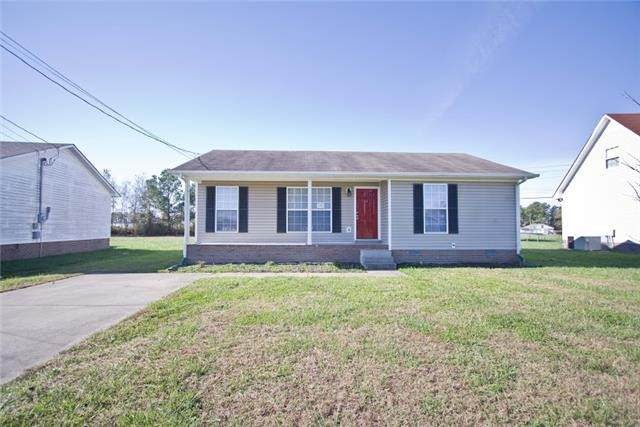 247 Waterford Dr, Oak Grove, KY 42262 (MLS #RTC2260584) :: Berkshire Hathaway HomeServices Woodmont Realty