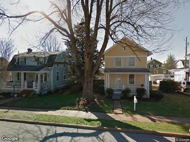 806 Jones Street - Photo 1