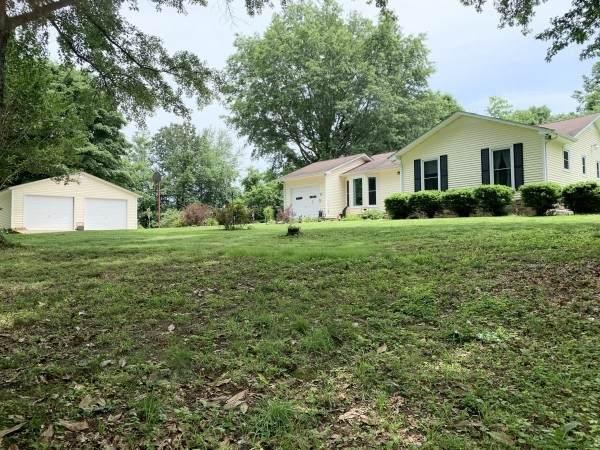 2940 Lewisburg Hwy, Pulaski, TN 38478 (MLS #RTC2263446) :: Village Real Estate