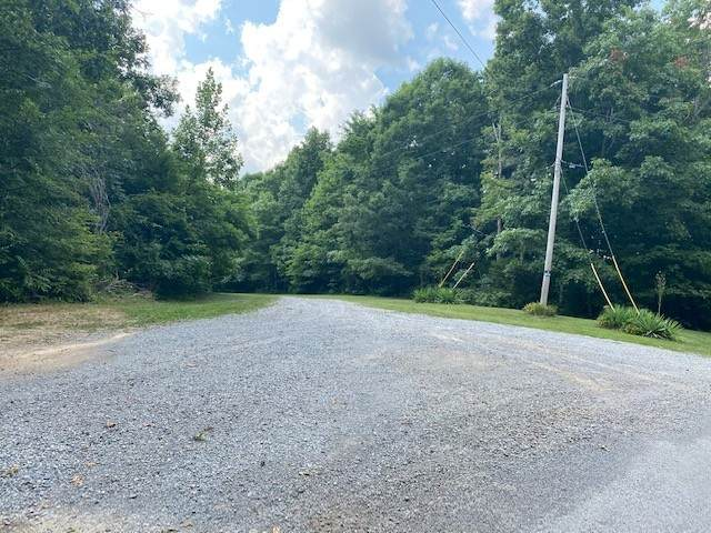 1205 Pack Rd, White Bluff, TN 37187 (MLS #RTC2271292) :: Nashville on the Move