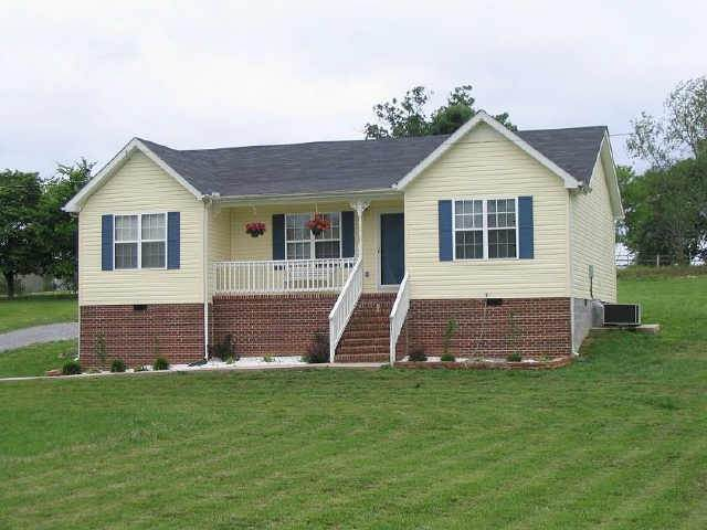 739 Warner Bridge Road, Shelbyville, TN 37160 (MLS #RTC2271579) :: Village Real Estate