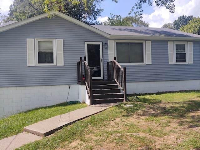 868 Lennox Rd, Clarksville, TN 37042 (MLS #RTC2273038) :: The Miles Team | Compass Tennesee, LLC