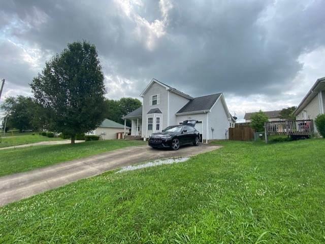 3258 N Senseney Cir, Clarksville, TN 37042 (MLS #RTC2273407) :: DeSelms Real Estate