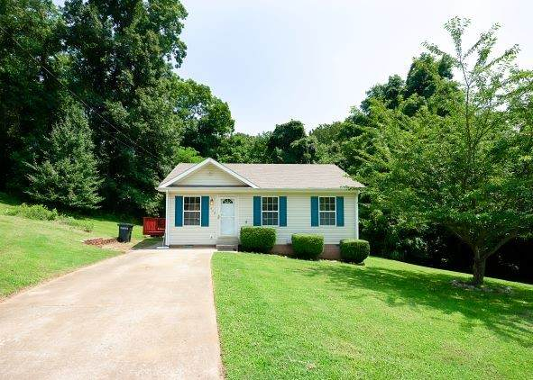 448 Victory Rd, Clarksville, TN 37042 (MLS #RTC2274493) :: The Helton Real Estate Group