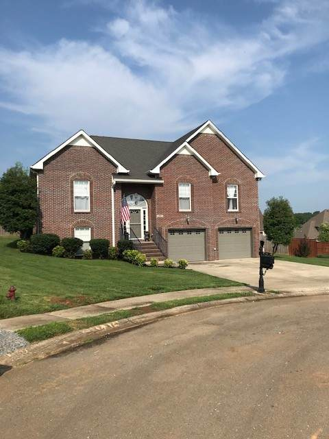 938 Spring Terrace Ct, Clarksville, TN 37040 (MLS #RTC2274909) :: Kimberly Harris Homes