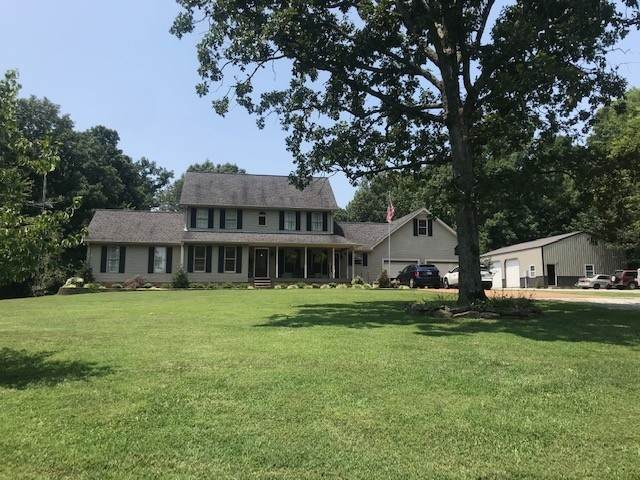 6226 Greenbrier Cemetery Rd, Greenbrier, TN 37073 (MLS #RTC2275789) :: Nashville on the Move