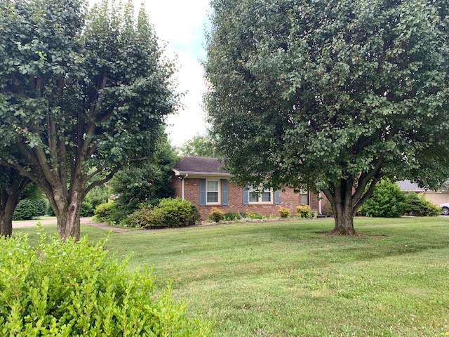 1461 Cave Mill Rd, Bowling Green, KY 42104 (MLS #RTC2276004) :: FYKES Realty Group