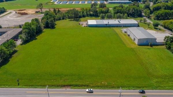 76 Highway E, White House, TN 37188 (MLS #RTC2282301) :: Cory Real Estate Services