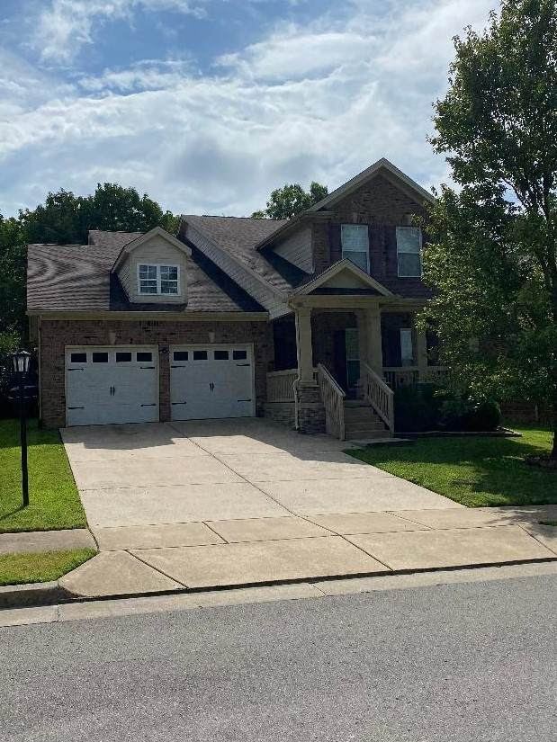 1708 Robindale Ct, Hermitage, TN 37076 (MLS #RTC2282303) :: The Helton Real Estate Group