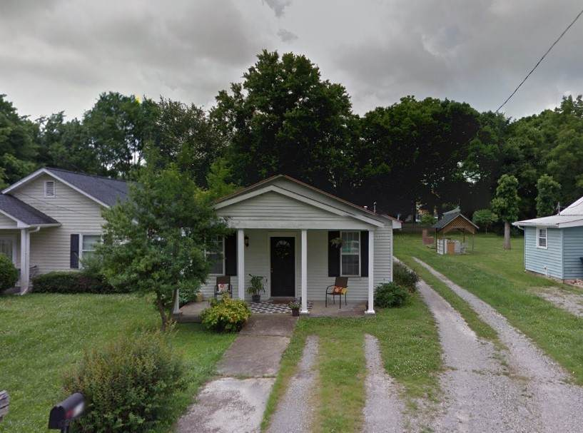 417 Forrest St - Photo 1