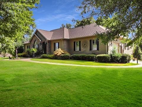304 Scenic Shore Dr, Dover, TN 37058 (MLS #RTC2286493) :: RE/MAX Homes and Estates, Lipman Group