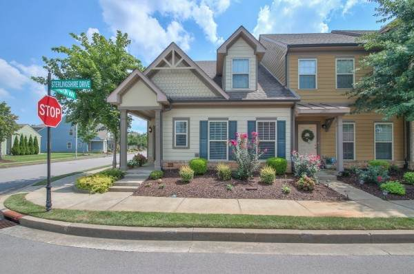 2805 Sterlingshire Dr, Murfreesboro, TN 37128 (MLS #RTC2288928) :: John Jones Real Estate LLC