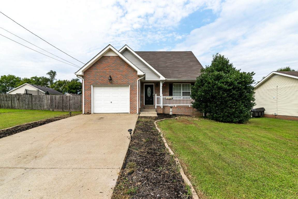 224 Pappy Dr - Photo 1