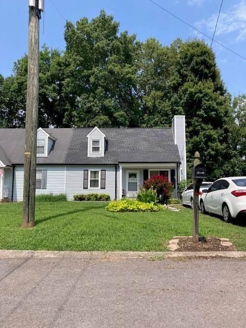 526 Debbie Dr, Hermitage, TN 37076 (MLS #RTC2291122) :: The Helton Real Estate Group